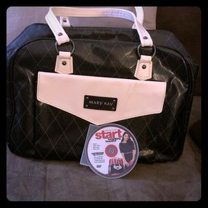 Mary Kay consultant bag.